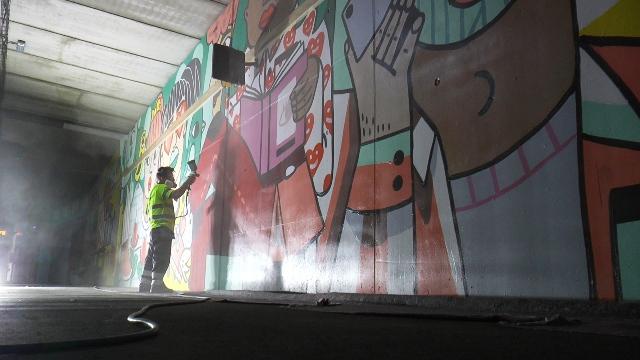 Aplicación antigraffiti 1