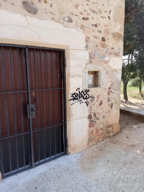 Graffiti en piedra natural