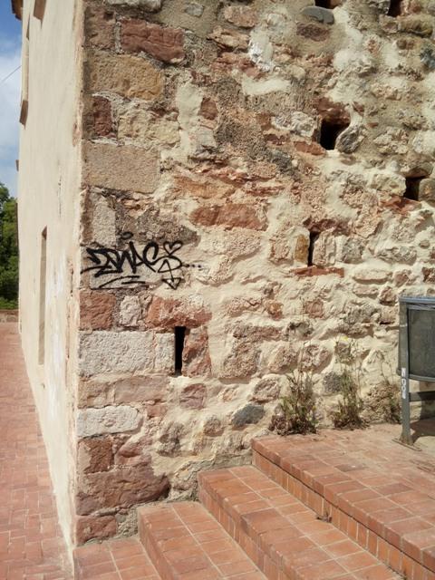 Graffiti sobre piedra natural